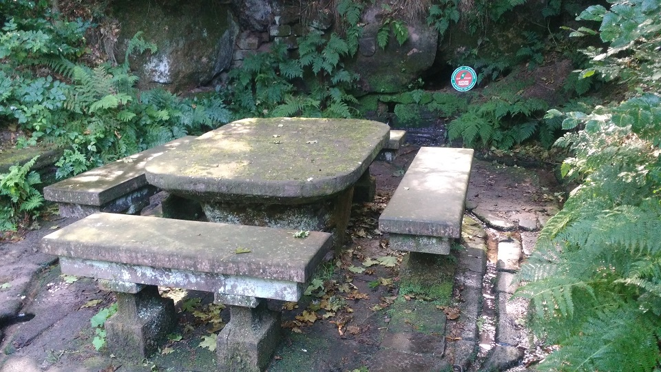 Hoelzernerbrunnen