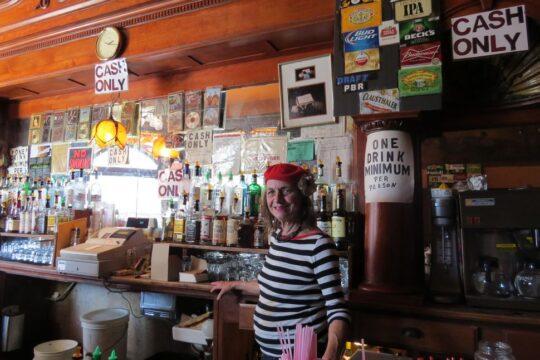 La patronne du Saloon 2232 Grant Avenue
