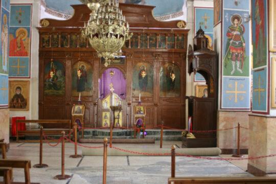 L'église orthodoxe Saint-Georges de Madaba (au sol la mosaïque)