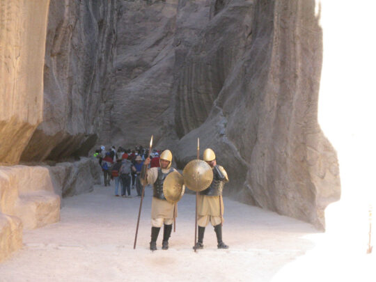 Gardes nabatéens à l'entrée du Sîq